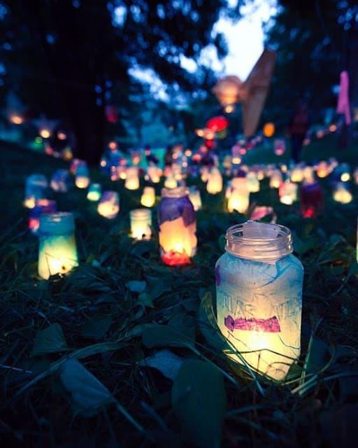 Garden party summer lighting using mason jars