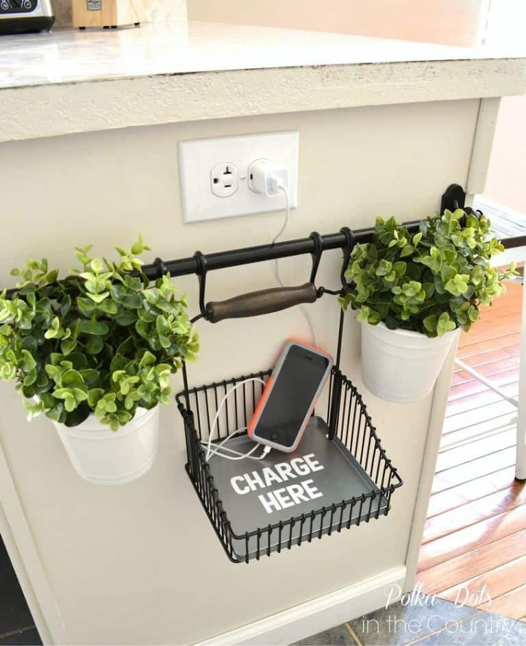 DIY Hacks From IKEA That You Can Do On A Tiny Budget #chargingstation #ikea #fintorpe #ikeahack