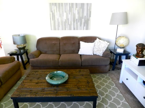 DIY Hacks From IKEA That You Can Do On A Tiny Budget #ikeahack #homedecor #coffee table #IKEA