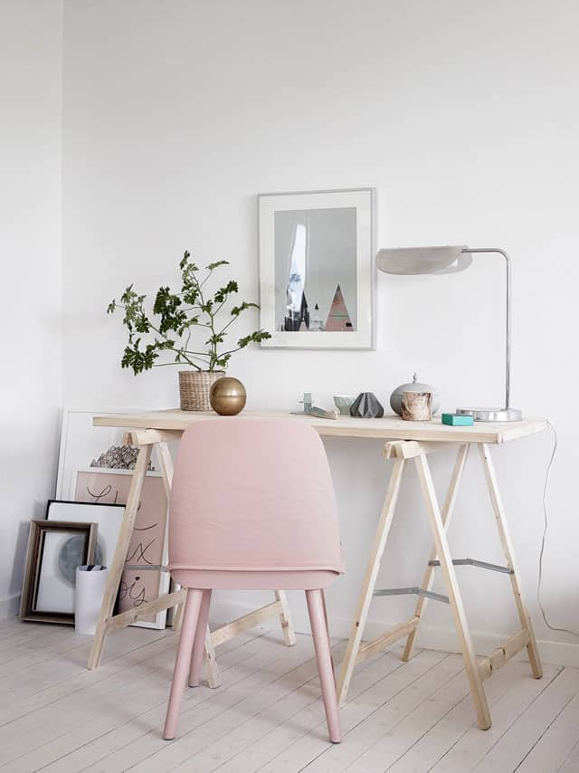 Small Home Office Ideas That Will Make You Want to Work Overtime #smallofficedesign creating a small home office