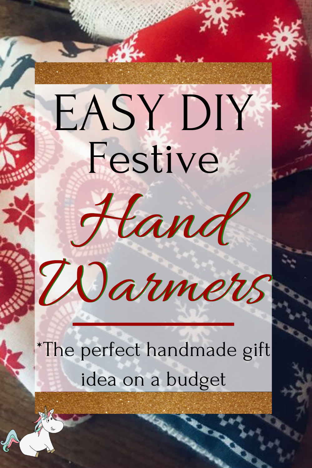 DIY Hand Warmers | The Perfect Handmade Christmas Gift Idea! Cheap & Easy Christmas gift, christmas craft, diy christmas gift, festive craft via: https://themummyfront.com #christmascraftideas #diychristmasgift #handwarmers #themummyfront #diyhandwarmers #festivecraftidea #christmasgift