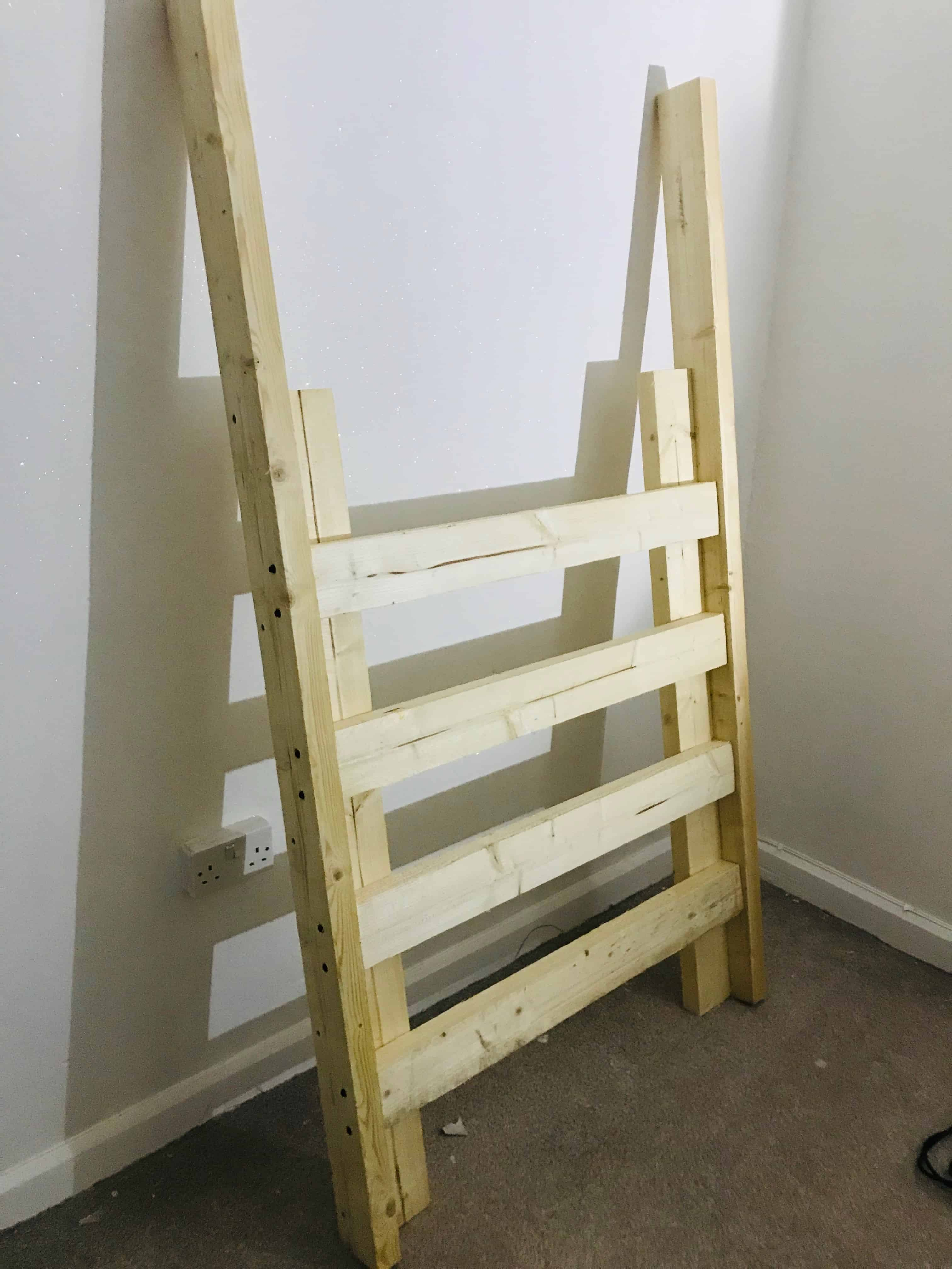 diy cabin bed ladder for bedroom makeover