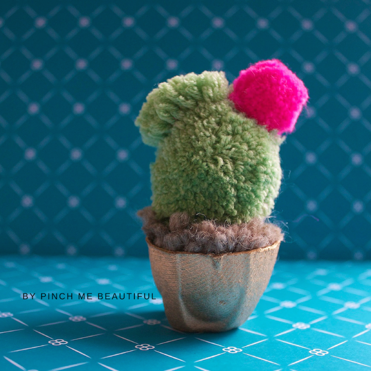 Fun With Pom Poms // Lets Make A Cactus...