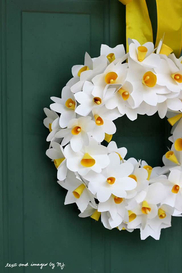 Spring Wreath Idea, Paper Daffodil Spring Wreath