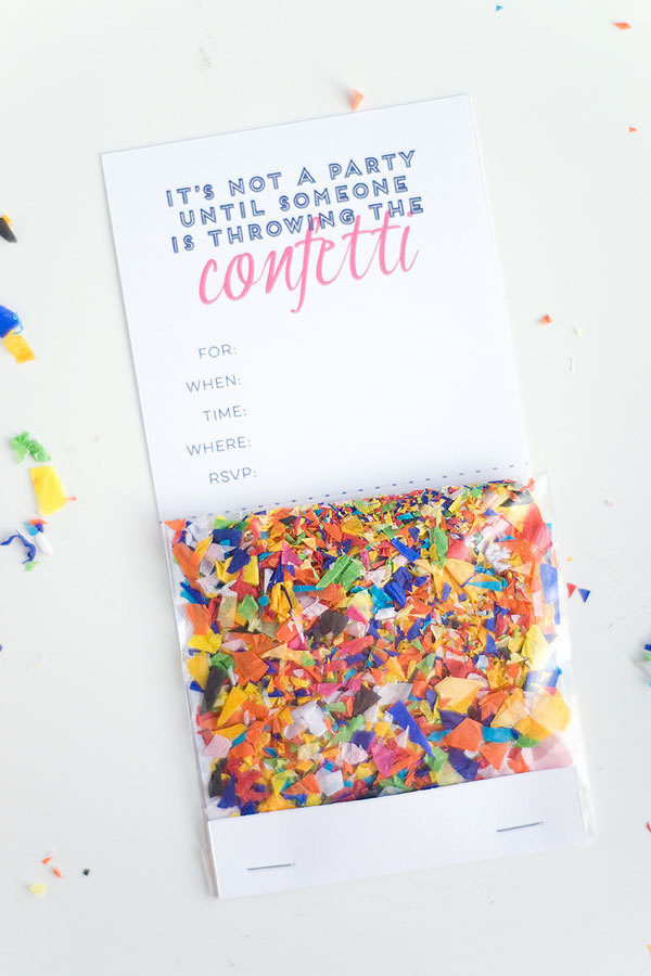 DIY Confetti invites #summerparty #partyideas #invitations