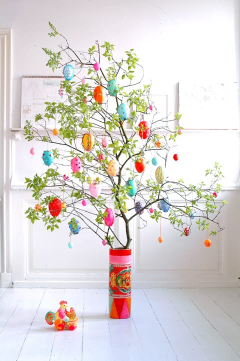 Beautiful DIY Easter Tree