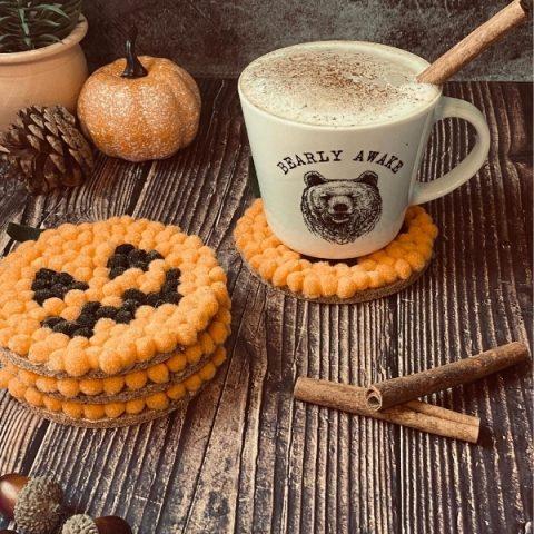 Pumpkin Coasters: The perfect DIY Halloween Gift Idea
