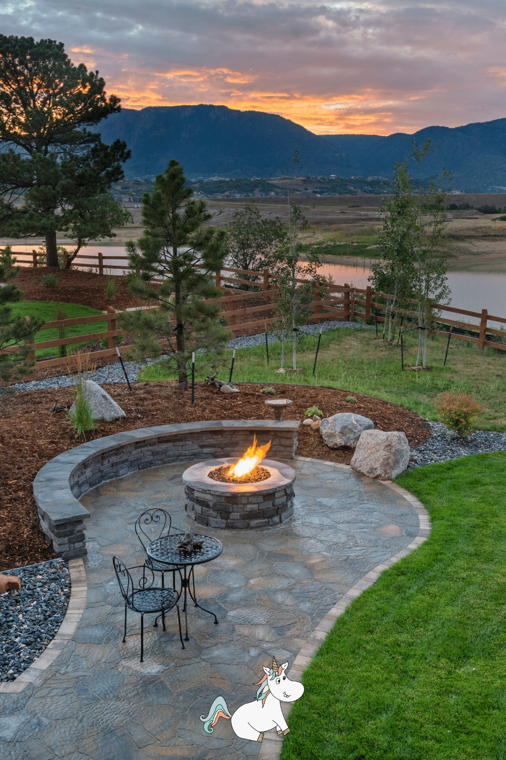 Fire pit with paved area