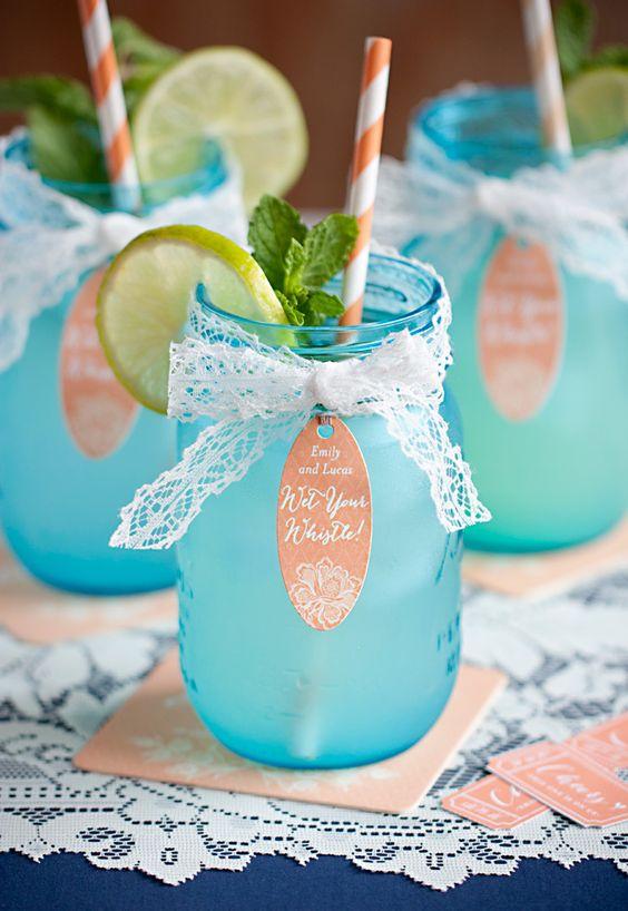 Wedding Drinks in Mason Jars
