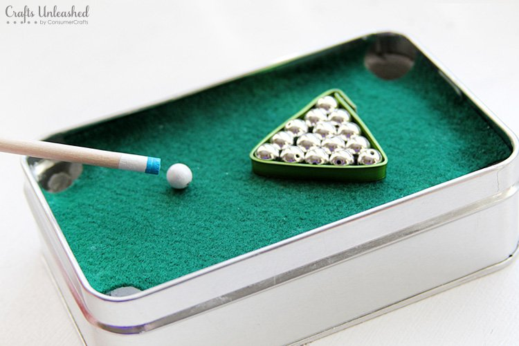 DIY Christmas Gifts like this snooker tin are perfect for dad