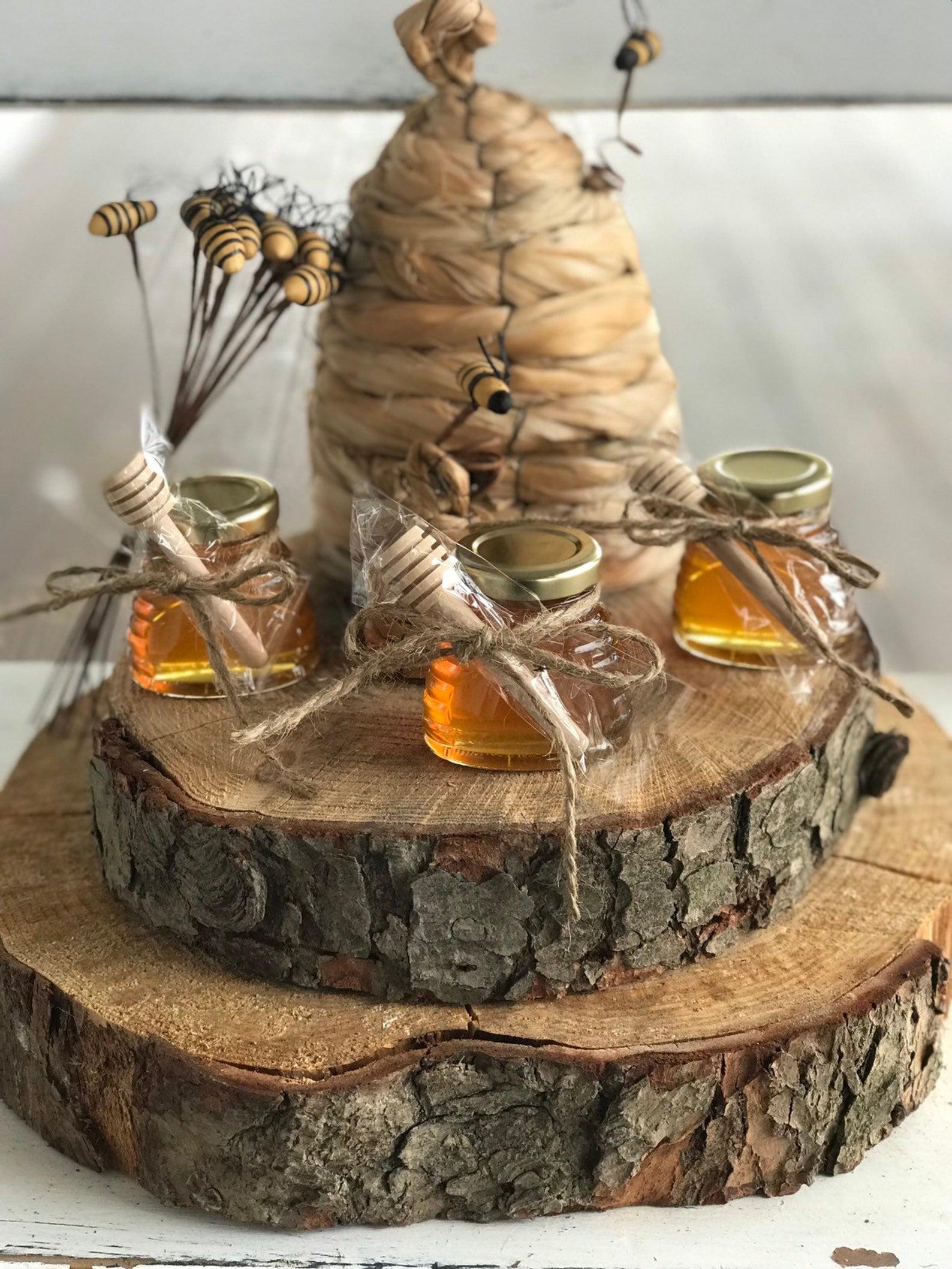 Mini mason jar honey pot wedding favors