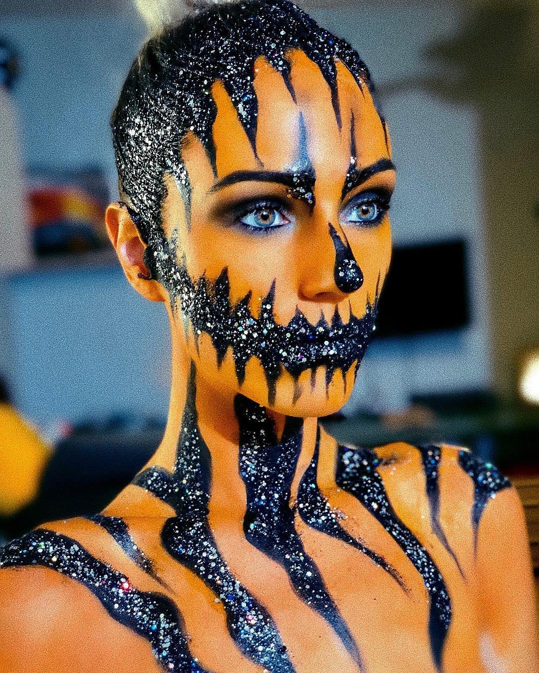 Amazing pumpkin makeup for halloween